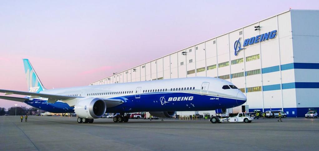 boeing 787 dreamliner outside of factory
