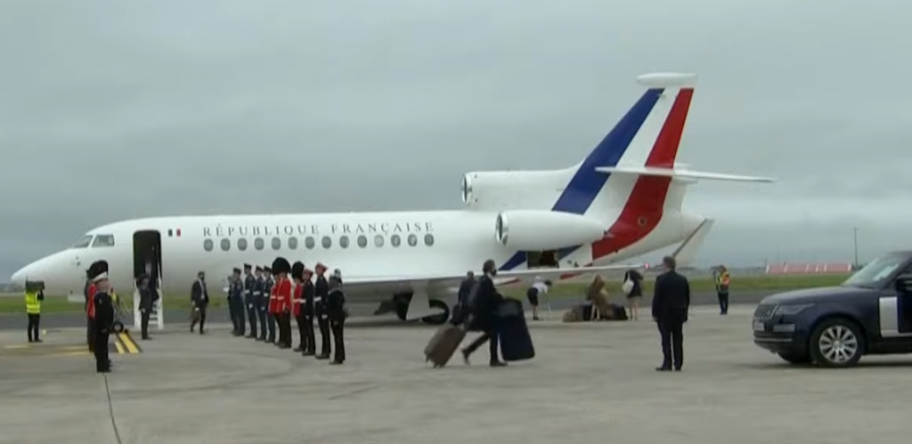 dassault falcon jet french presedential flight
